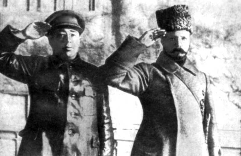 Сергій Гусєв і Михайло Фрунзе